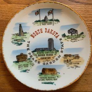 Vintage North Dakota Travel Souvenir Plate